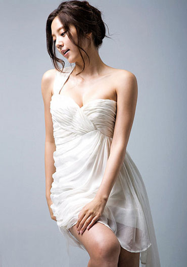 Ca sĩ Hàn Quốc Son Dam Bi thành công với phương pháp giảm cân Low Carb