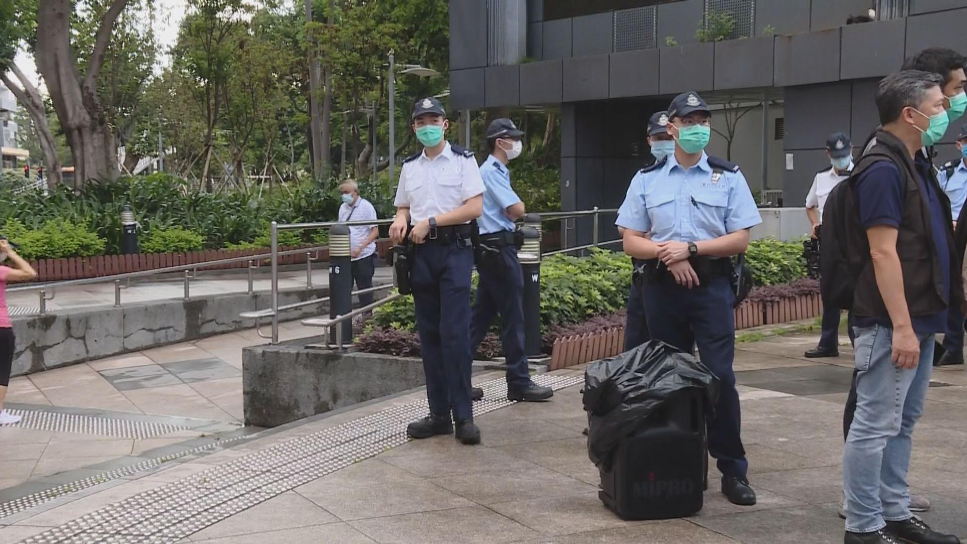 消息指警方留意有人號召到其他地區悼念 會視乎情況採取行動