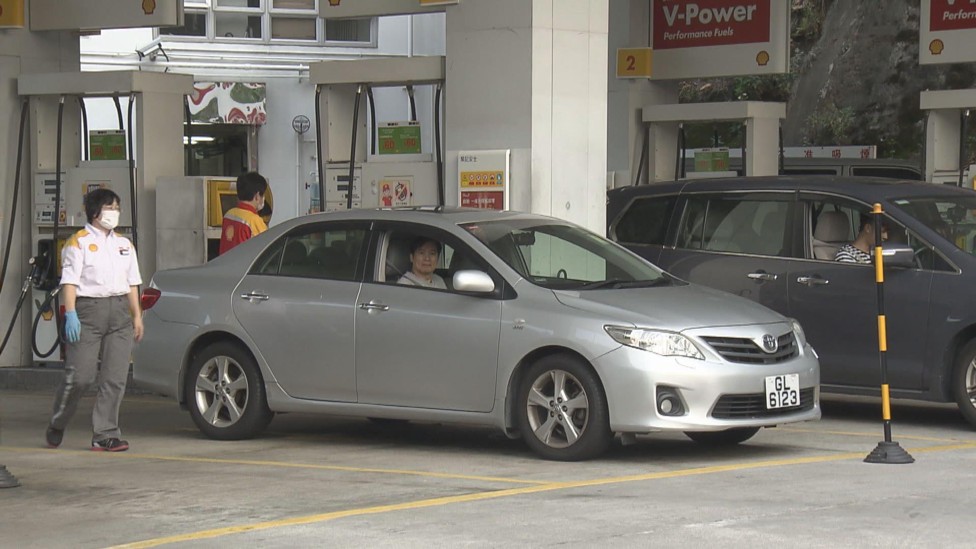 黃錦星︰油價已多次下調 受不同因素影響