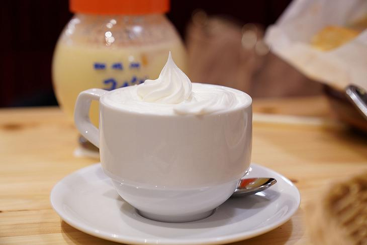 Komeda's coffee (14)
