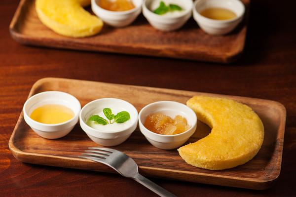http://tsuki-hanare.com/menu/dessert/