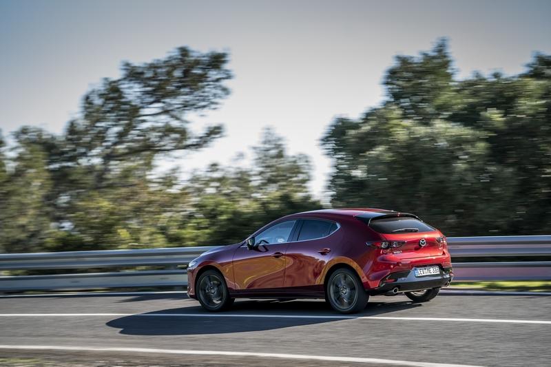 國外傳聞Mazda 3將搭載2.5升渦輪引擎。