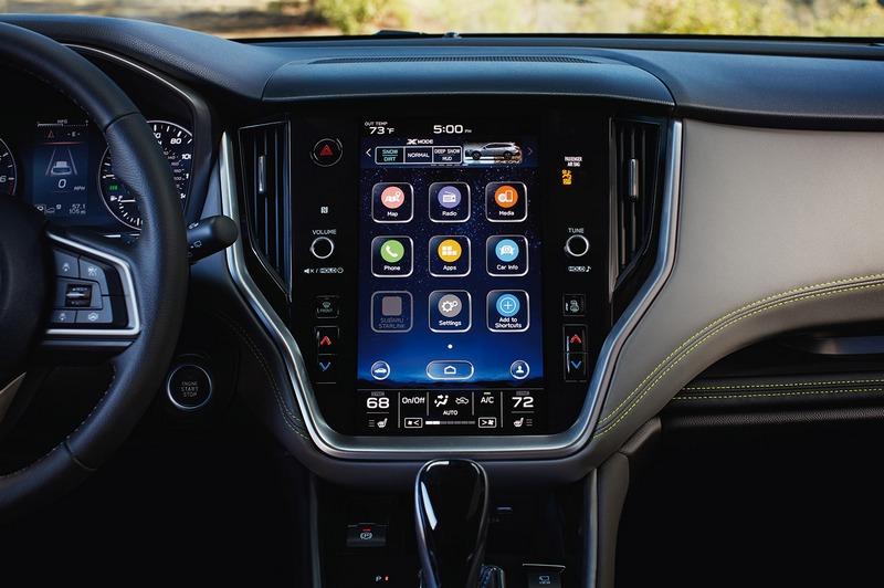 除了全新座艙格局,11.6吋中控螢幕則是最大亮點。