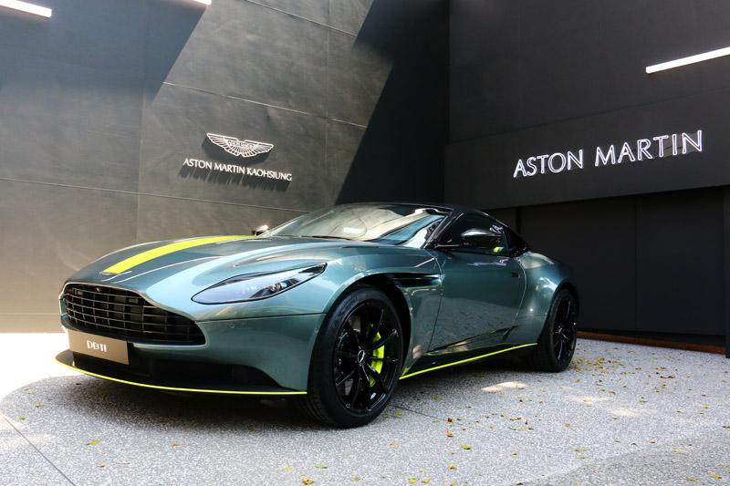 全球限量100台、披上強悍賽道戰袍的Aston Martin DB11 AMR經典塗裝限定版本驚喜現身。
