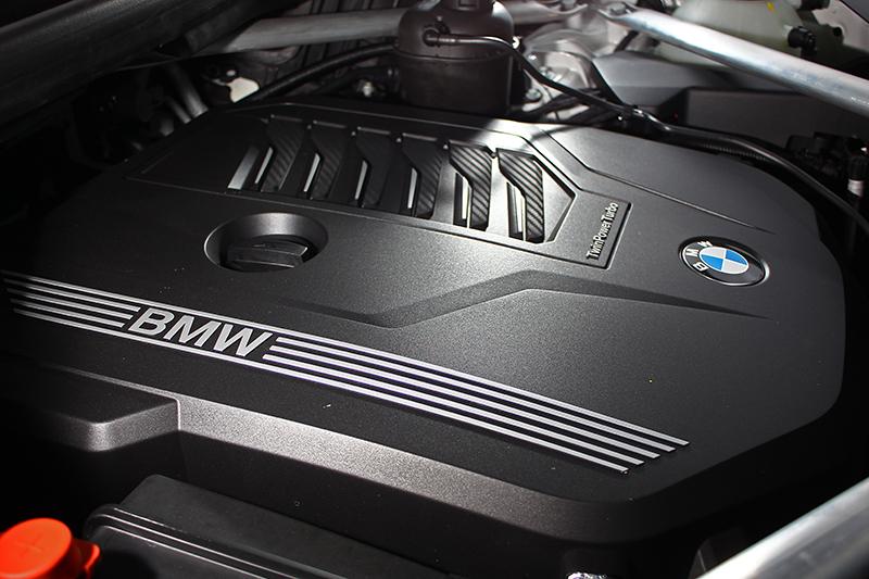 這具3.0升直列六缸缸內直噴渦輪增壓引擎,可輸出340hp/45.9kg-m的峰值動力。
