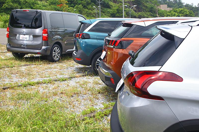 2008 SUV、3008 SUV、5008 SUV與TRAVELLER領航家各自擁有如何特色,能夠滿足各種溜與買家的需求?敬請期待【CARTURE車勢文化】接下來的系列報導。