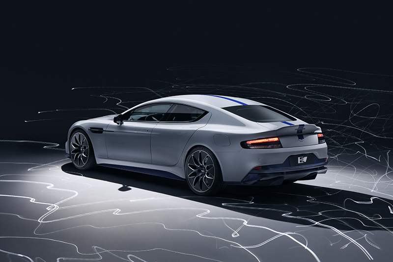 Rapide E維持現行Aston Martin家族設計,不過空氣力學表現則比Rapide改善8%。