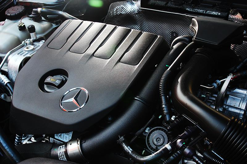 A200搭載1.3升渦輪引擎,163hp/25.5kgm輸出已有相當充足的表現,只是碎震處裡不夠舒適。