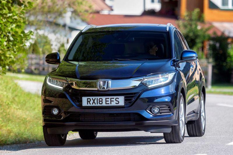 歐規HR-V外觀與其他海外車型一樣,Solid Wing設計語彙及鍍鉻飾條範圍面積增加,讓小改車型有著更為成熟的樣貌,