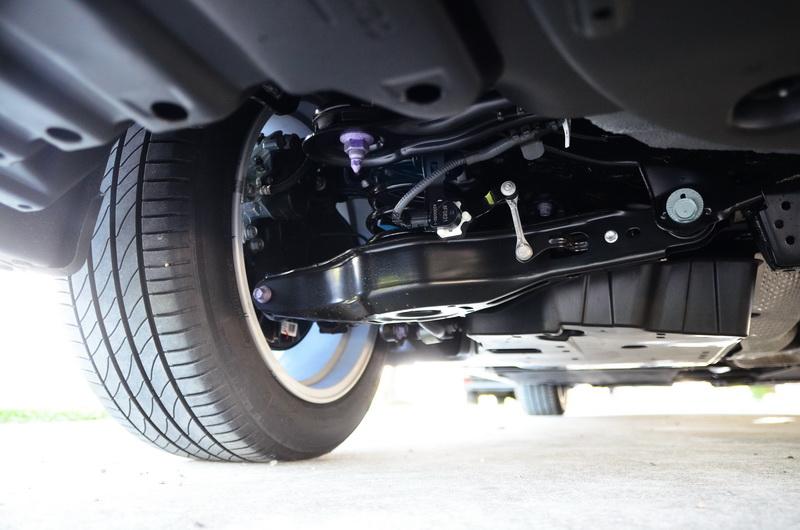 全新開發的GA-K高剛性底盤藉由降低引擎蓋、車頂降低車身重心,並降低駕駛臀點以利掌握車身動態