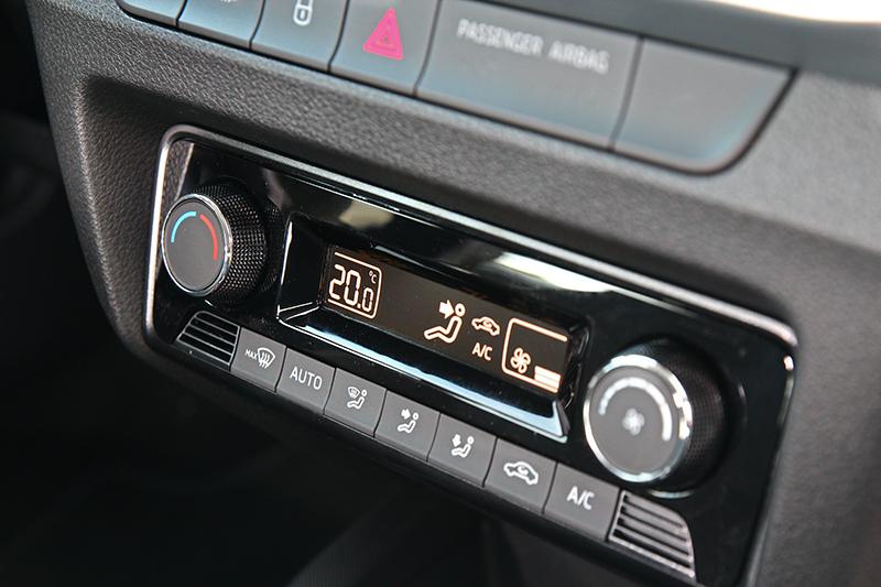 空調系統也在此次改款升級至恆溫空調。