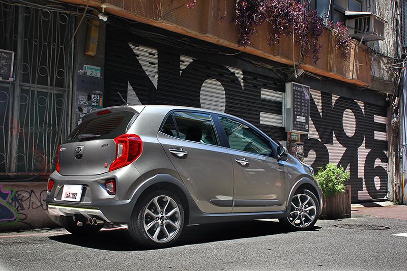 Picanto X-Line擁有小車難得的精緻質感,光照片就看得出來。