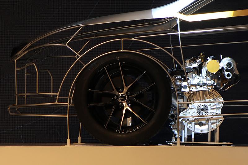 由剖面模型可看出缸內直噴機制確實是這具新引擎的最亮點!