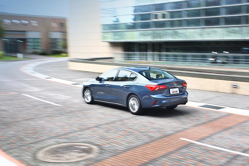 C2平台不僅替車室帶來更寬敞空間特性,亦能帶來更強車體剛性與更輕重量等優勢。