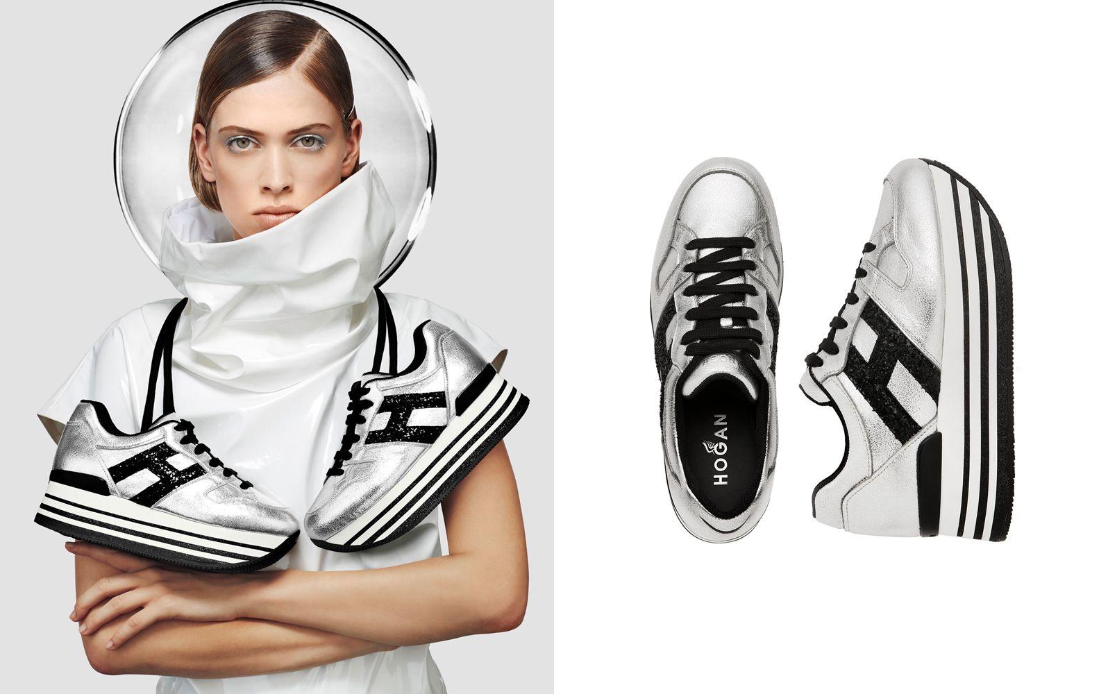 HOGAN MAXI H222金屬銀色皮革休閒鞋,NTD 21,500。