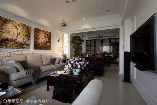 採光良好加上家具空間安排絕妙,又是個讓人願意擺脫一切煩憂,認真投入享受的場域。