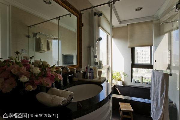 泡澡時的紓壓和著外面的美景,心靈得到解放,也讓身體充飽電再出發!