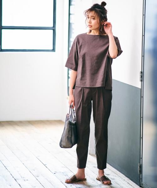 輕盈有夏季感的亞麻材質上衣與長褲