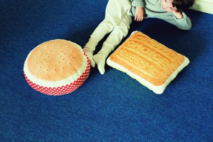 森永餅乾抱枕