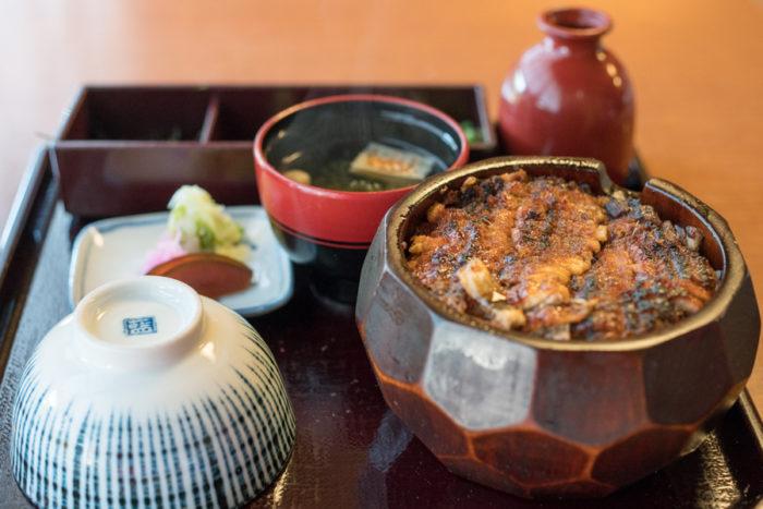 蓬萊軒鰻魚飯