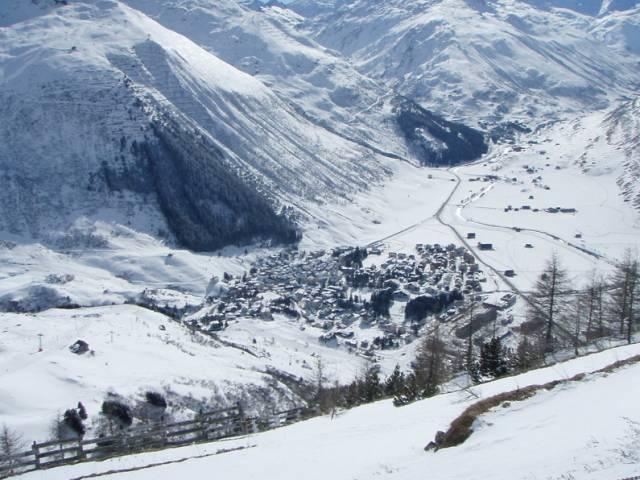 Gemsstock 是 歐 洲 冬 季 的 滑 雪勝 地   flickr@Sascha Hauser