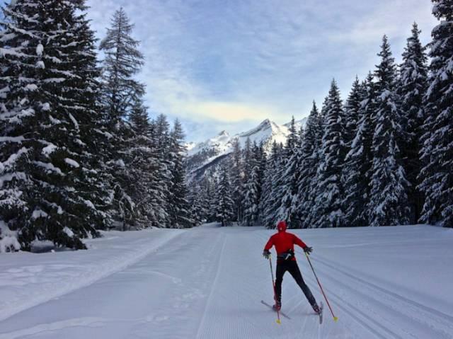 越 野 滑 雪 奧 斯 塔 山 谷  flickr@Alain Rumpf
