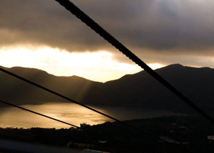 ▲傍晚有機會見到被夕陽暈染的蘆之湖,遠方就是駿河灣