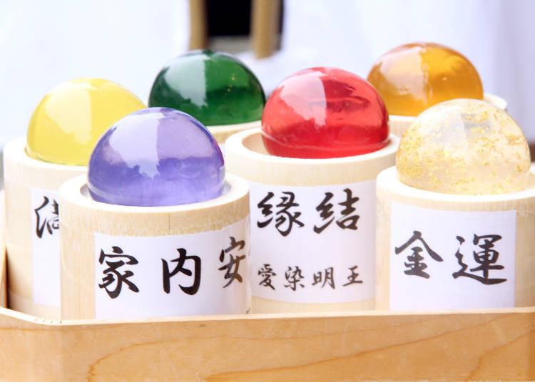 6種「潔淨珍珠」洗顏果凍皂,「金蓮華」為2160日圓,其他則是1728日圓。