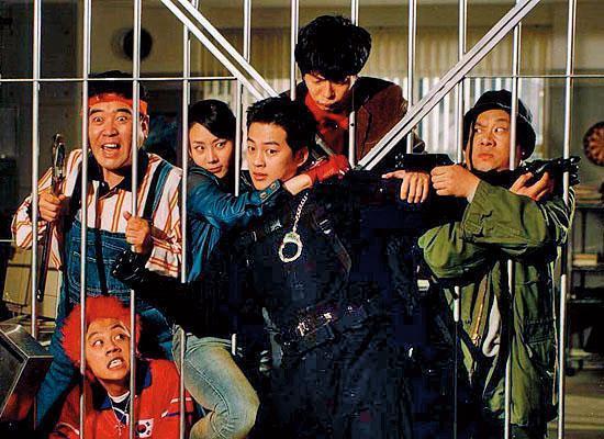 電影《群雄奪寶》在韓國票房表現差強人意,卻是申東益成功轉型電影編劇的處女作。(翻攝自Daum網站)