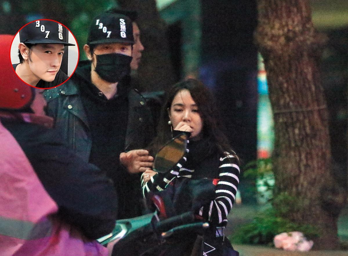 11月24日 06:26 當「波波蓁」(右)走到車旁時,卻被張勛傑(左)糾纏上。