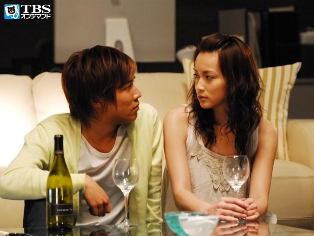 據報導,小出惠介曾跟紗榮子有一段,但最後因為紗榮子劈腿才玩完。(翻攝網路)