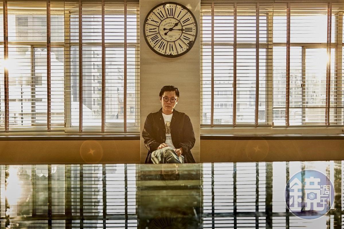 《生死接線員》導演邱晧洲過去曾以《黑盒子》《落日》入圍金鐘獎最佳導演獎項。