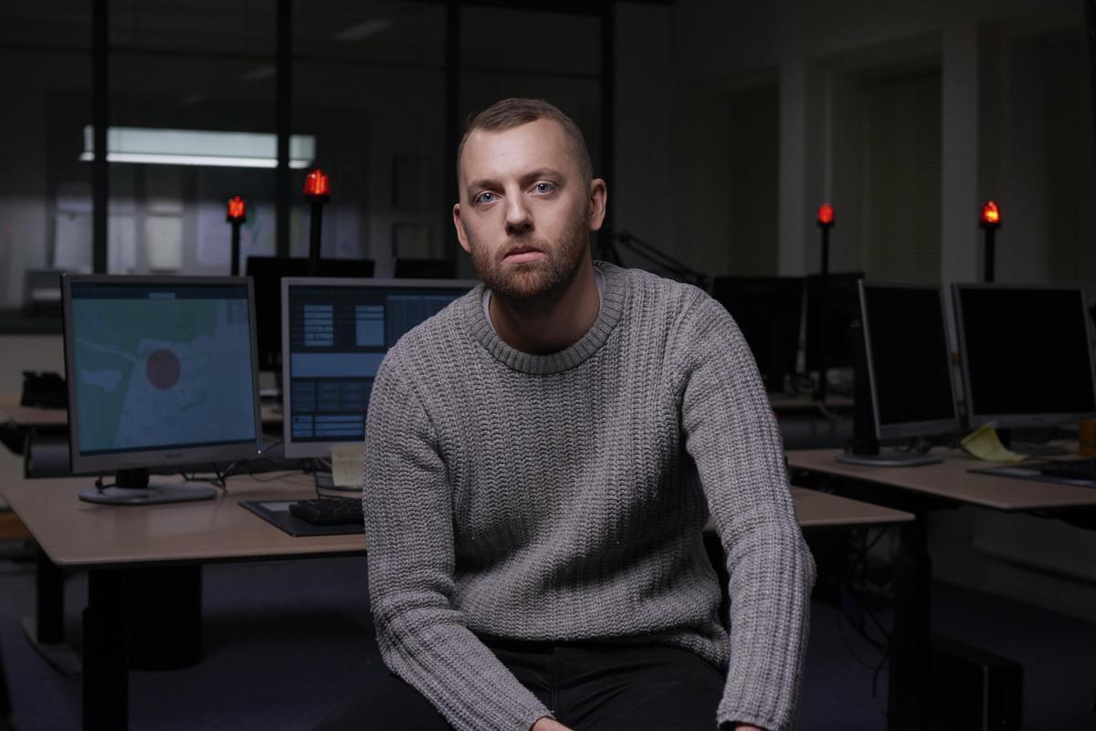 導演古斯塔夫莫勒年僅30歲,《厄夜追緝令》是他的首度作品,未來前途不可限量。(鏡象提供)