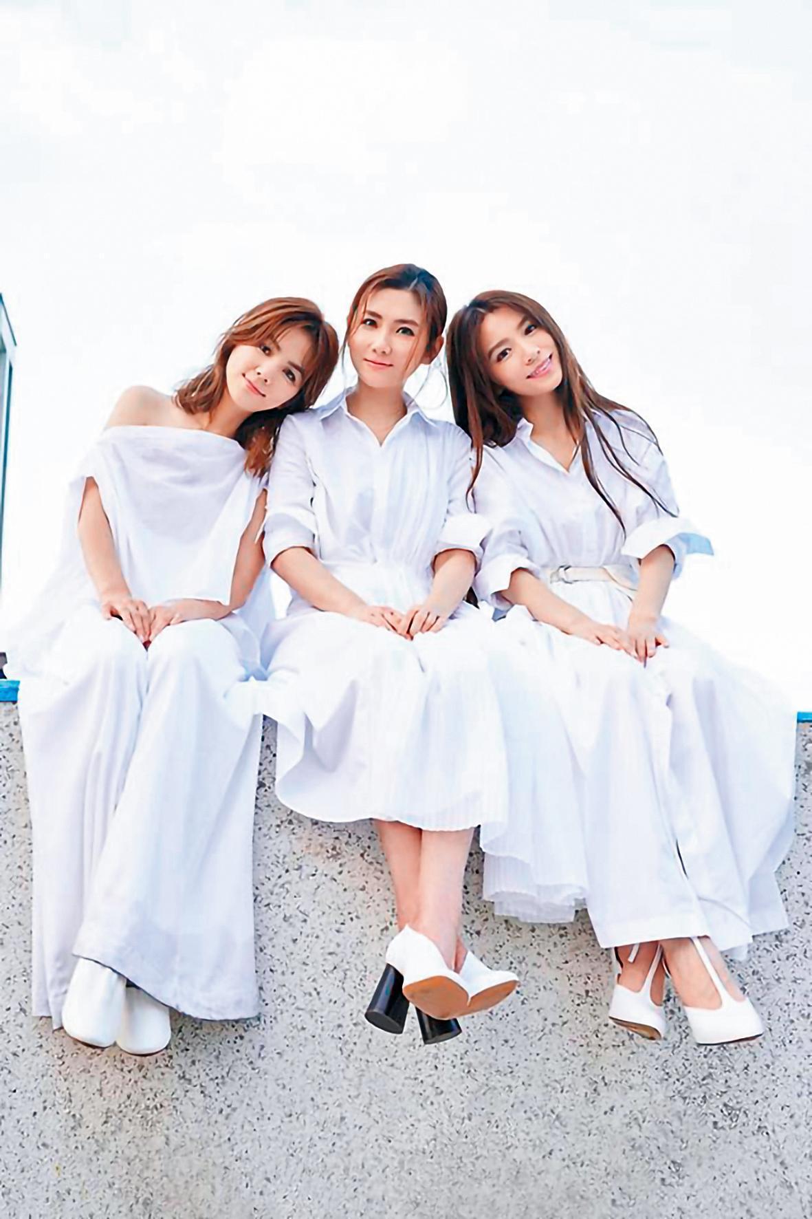 S.H.E出道17週年,演唱吳青峰量身打造的新歌〈十七〉,描述3人一路扶持至今的好交情。(翻攝自S.H.E臉書)