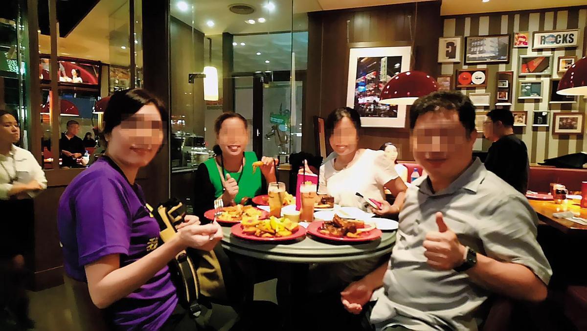 被害人懷疑林女(左1)參加婚友社活動,是為找尋目標下手詐騙。(被害人提供)