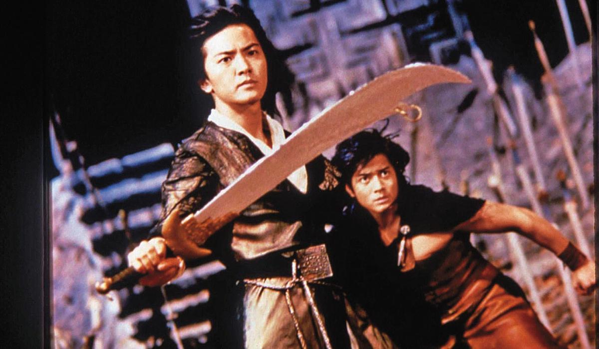 郑伊健(左)与郭富城(右)主演的《风云之雄霸天下》是一九八八年香港电影卖座冠军。(翻摄自http://hk.nowbaogumovies.com)
