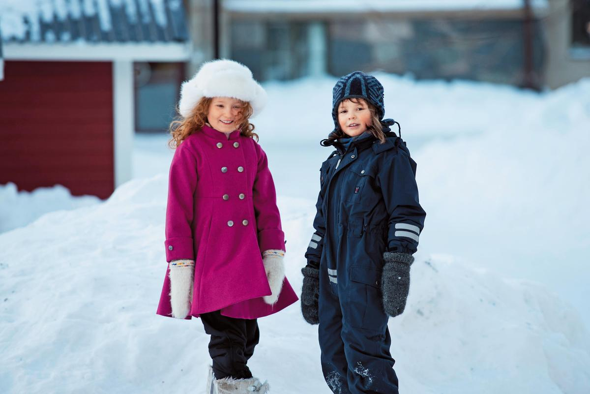 《西西夢遊仙境》由童星莉莉布朗(左)和艾絲翠得洛芙葛瑞恩分飾小櫻和西西,兩人有很多對手戲,私下也成為好朋友。 (台灣國際兒童影展提供)