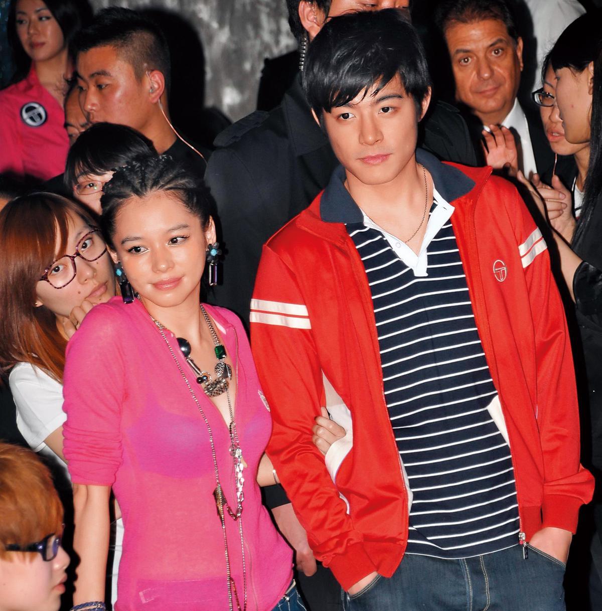 王柏傑(右)情史豐富,曾有「姐姐殺手」名號,和徐若瑄(左)拍攝電影《茱麗葉》時曾傳緋聞,但徐若瑄最後嫁給新加坡富商。(東方IC)