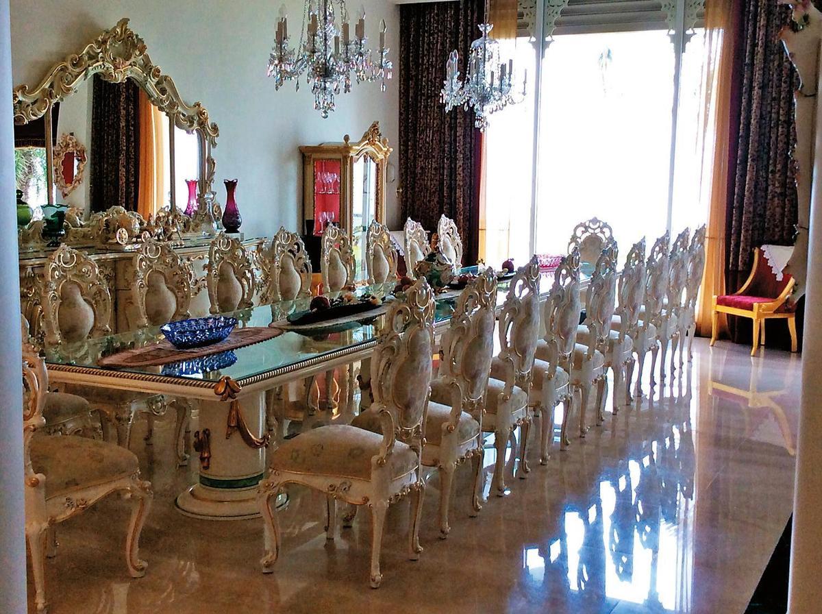 阿拉伯宮內部金碧輝煌,是林家超豪華招待所,李登輝、連戰、王永慶等政商名流都曾是座上賓。(讀者提供)