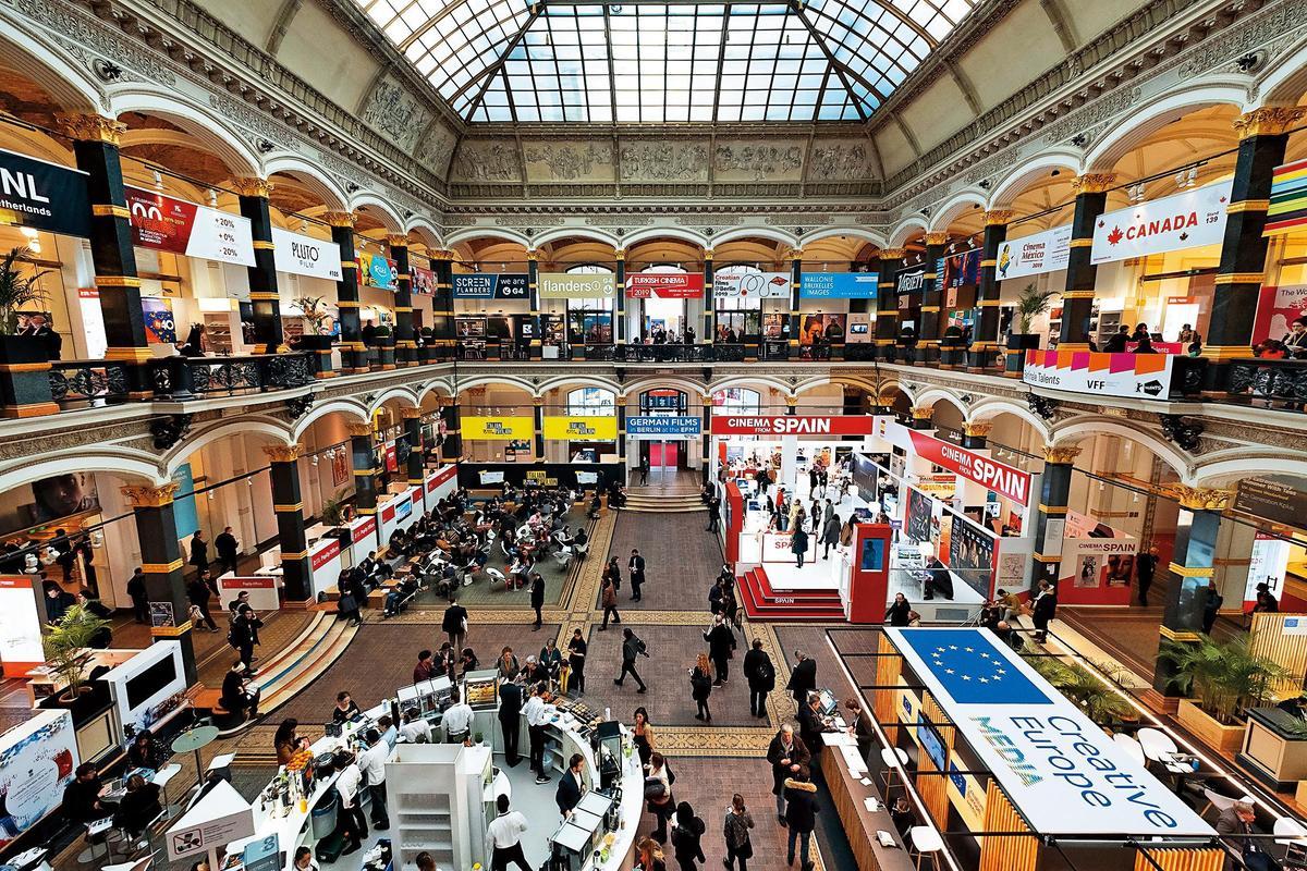每年在柏林影展期間舉行的歐洲電影市場展,除了版權交易,也有跨國製作相關的論壇或會議,規模是全球第二大。(東方IC)