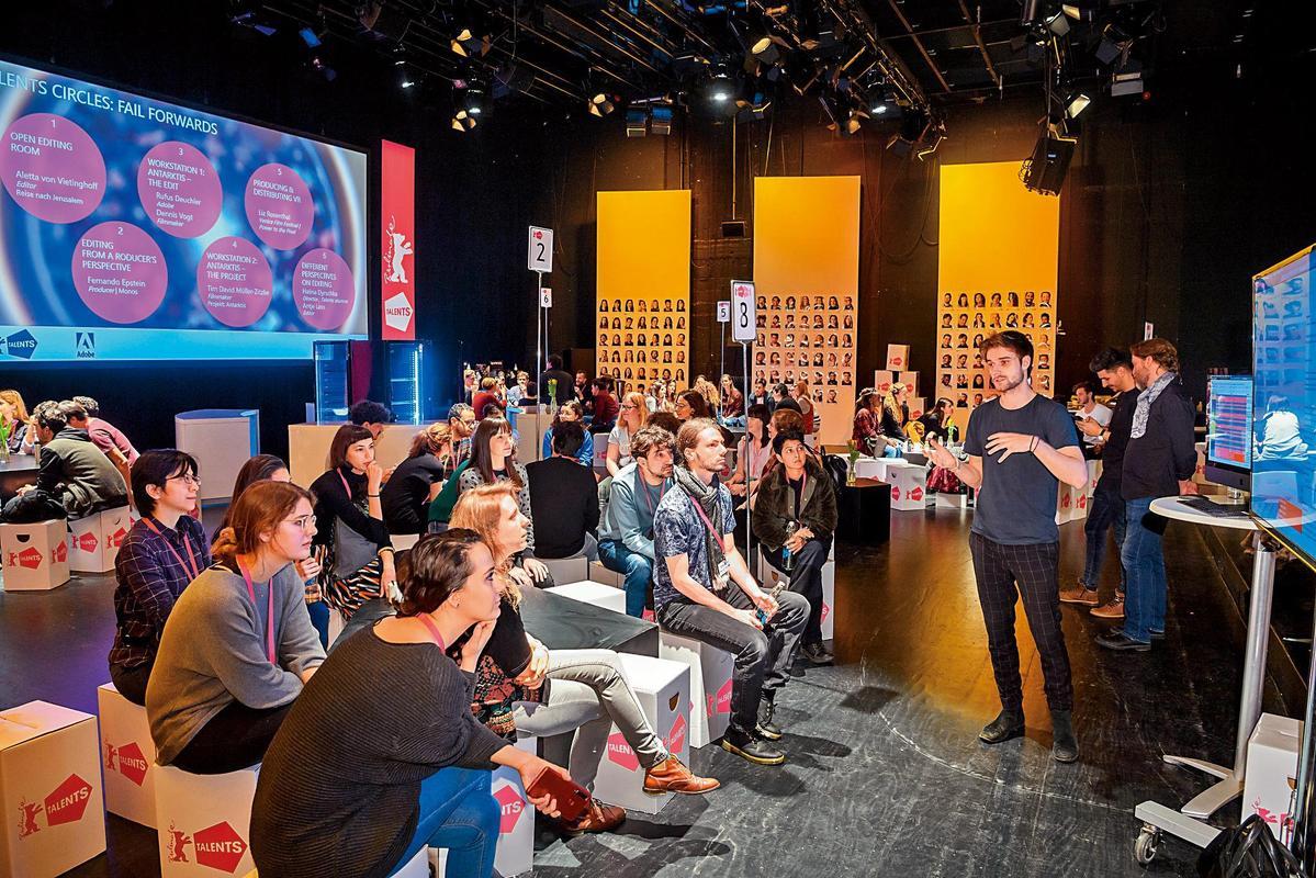柏林影展推出的新銳營,每年從世界各地選出250位年輕的電影工作者,進行為期1週的工作坊和講座。(翻攝自官網,Copyright©PeterHimsel)
