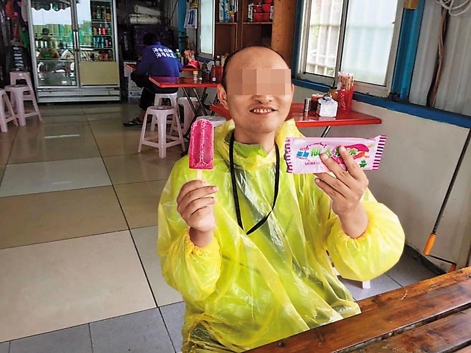 台北市員警王志偉每月將大半薪水寄回家中,自己則為了省錢住在便宜套房,如今命喪火窟,親友萬分不捨。(翻攝王志偉臉書)