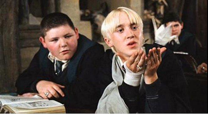 飾演校園小惡霸的Jamie Waylett(右)模樣幾乎沒變。(翻攝自網路)