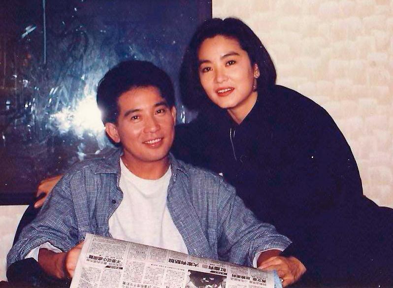 秦漢(左)與林青霞(右)間的愛情故事當年轟動影壇,2人最終有緣無分,徒留惆悵,但年初竟傳出復合還領證結婚的謠言。(翻攝自時光網)