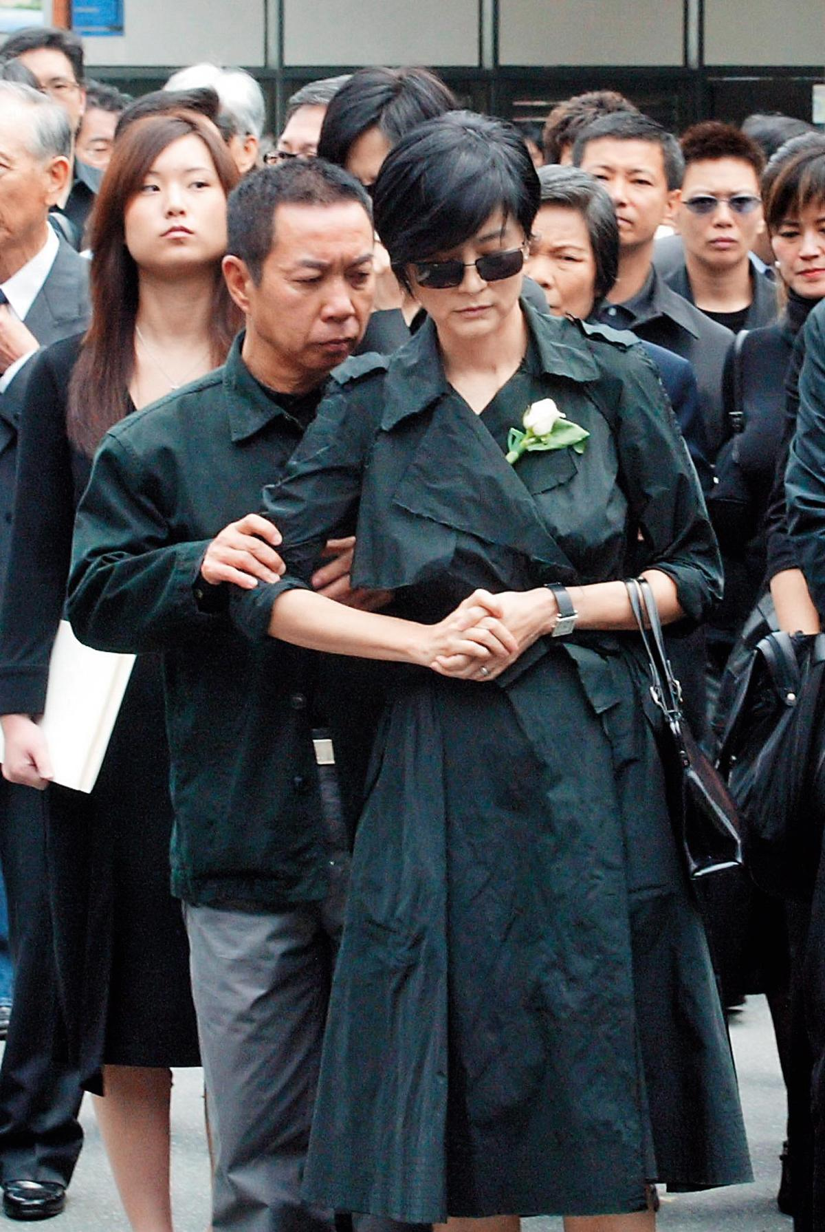 這些年林青霞與邢李㷧鮮少合體,上次在台灣一起現身是林父的告別式。(中央社)