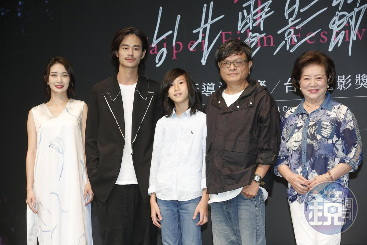 入圍台北電影獎國際新導演競賽《野雀之詩》代表,李亦捷(左起)、夏騰宏、高於夏、導演施立、以及入圍最佳女配角的陳淑芳。