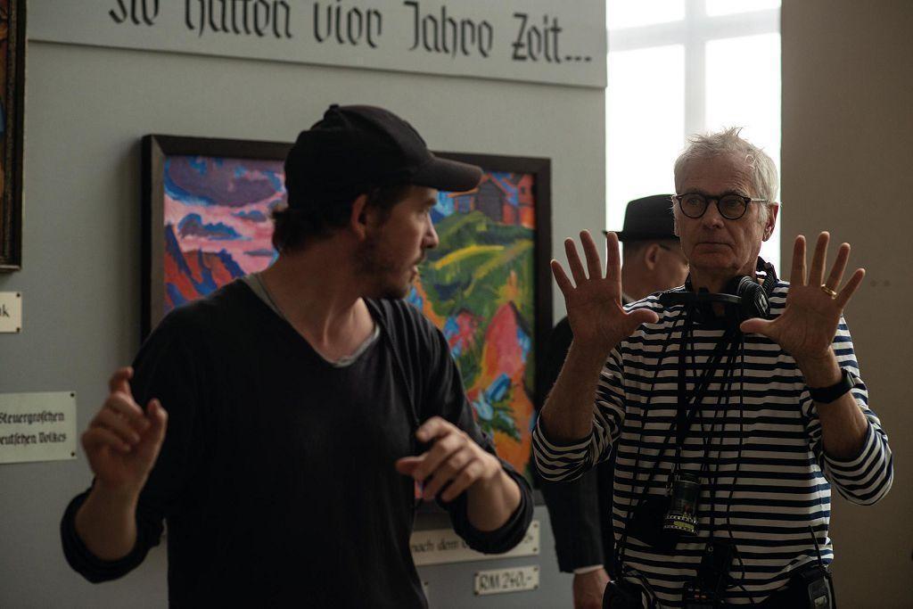 德國片《無主之作》的攝影師凱萊布丹斯切爾(右)今年六度入圍奧斯卡最佳攝影。(車庫娛樂提供)
