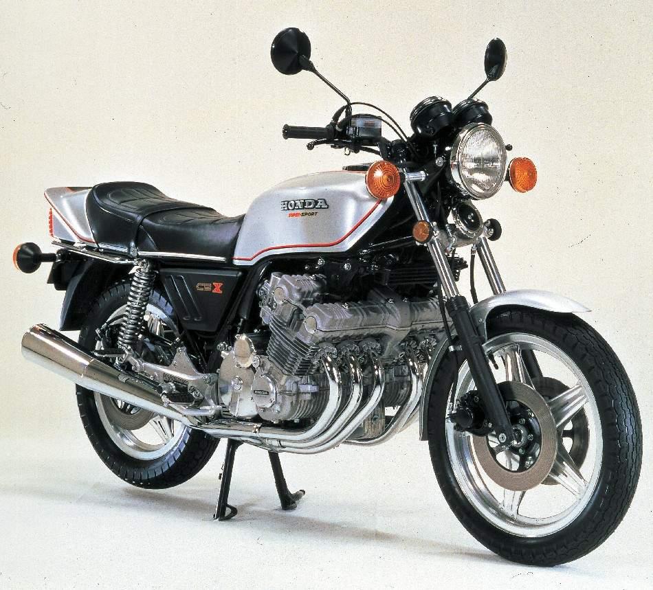 經典的HONDA CBX1000。