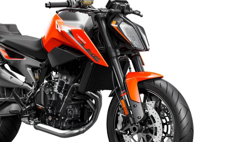 43mm倒立式前叉,經過MotoGP洗禮過後也證明了WP在於懸吊調校的水準與能耐。
