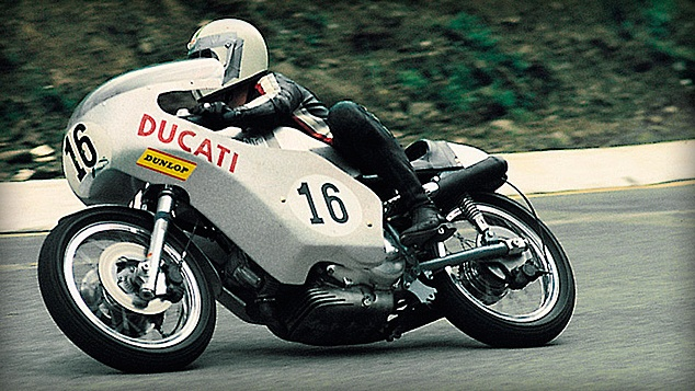Paul Smart騎乘750 Imola拿下Imola 200 Mile的冠軍,是DUCATI最具代表性的勝利。